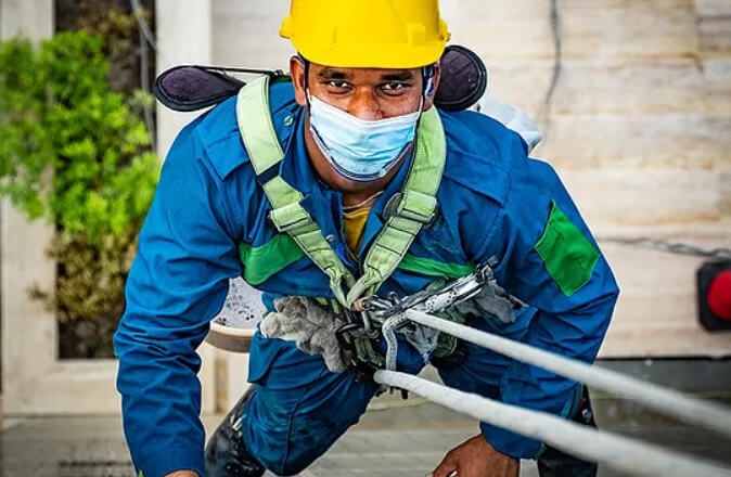 Outdoor Glass Cleaning Service Muscat page imgage 1